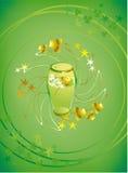 Glas grünes Bier Lizenzfreies Stockfoto