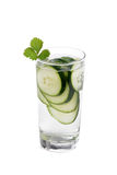 Glas Gurken-Wasser Stockfotos