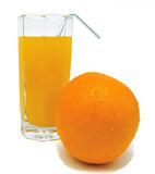 Glas jus d'orange met geeloranje en buisje Stock Fotografie