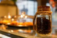 Glas Kaffeebohnen Lizenzfreie Stockbilder