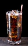 Glas kola met ijs Stock Fotografie