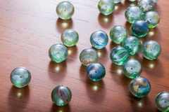 Glas marmeren ballen stock afbeeldingen