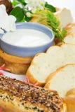 Glas melk en brood Royalty-vrije Stock Afbeeldingen