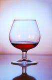 Glas met cognac Royalty-vrije Stock Foto's