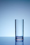 Glas met dauwdalingen Stock Afbeelding