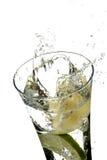 Glas met water en citroen Royalty-vrije Stock Foto