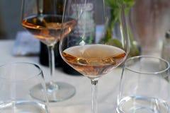 Glas met wijn stock afbeelding