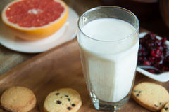 Glas Milch Stockfoto