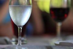 Glas Mineralwasser Lizenzfreie Stockbilder
