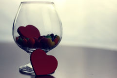 Glas mit Süßigkeitspille Lizenzfreies Stockbild