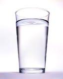 Glas mit Wasser Lizenzfreie Stockbilder
