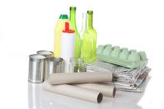 Glas, Papier, Metall und Plastik Lizenzfreie Stockfotos