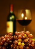 Glas rode wijn en druiven Royalty-vrije Stock Fotografie