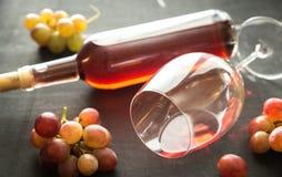 Glas Rosen-Wein Lizenzfreies Stockfoto