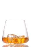 Glas Schotse whisky en ijs Stock Fotografie