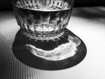 Glas, Schwarzweiss, Getränk lizenzfreie stockfotografie
