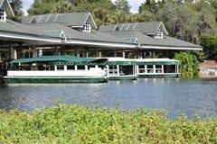 Glas Silver Springs Florida erreichte Boote einen Tiefstand Stockfotos