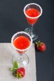 Glas twee van straberry cocktail Stock Afbeeldingen
