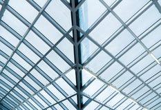 Glas- und Metallaufbau Stockbilder