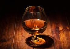 Glas van cognacclose-up stock foto