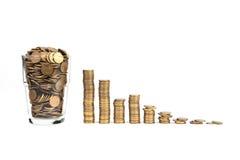 Glas van muntstukken royalty-vrije stock afbeelding