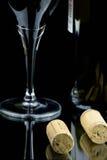 Glas van Rode Wijn en Fles Royalty-vrije Stock Afbeelding