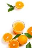 Glas vers gedrukt jus d'orange stock afbeelding