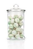 Glas voll bunte Süßigkeiten Stockfoto