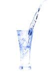 Glas water op wit Royalty-vrije Stock Afbeelding