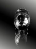 Glas Wein lizenzfreie stockfotos