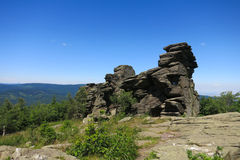 Glasera branta stupet Obri skaly (jätten vaggar), i Jeseniky berg, Czec Arkivfoton