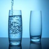 Glases av rent vatten Fotografering för Bildbyråer