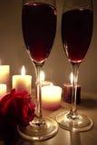 Glases van de wijn namen toe Stock Foto's