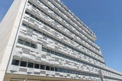 Glasfenster auf Unternehmensgebäude Lizenzfreie Stockfotografie