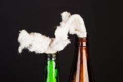Glasflasche füllte mit Benzin, das so genannte Molotov-cocktai Lizenzfreie Stockfotografie