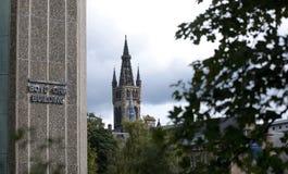 Glasgow, Ecosse, le 7 septembre 2013, b?timent principal et tour de l'universit? de Glasgow chez Gilmorehill photo libre de droits