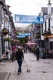 "Glasgow, het UK †""Juni, 2014: Mening van Ashton Lane Stock Foto"