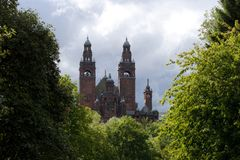 Glasgow, l'Ecosse, le 8 septembre 2013, le Kelvingrove Art Gallery et mus?e pr?s de parc de Kelvingrove, Argyle Street images stock