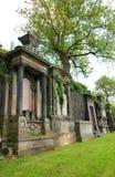 Glasgow Necropolis Gravestones i Skottland royaltyfri bild