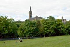 Glasgow parkerar i Skottland med folk Fotografering för Bildbyråer