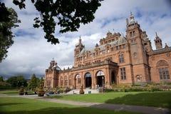 Glasgow, Skottland, 8th September 2013, Kelvingroven Art Gallery och museet n?ra Kelvingrove parkerar, Argyle Street arkivbild