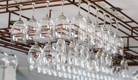 Glashängen umgedreht Lizenzfreies Stockfoto