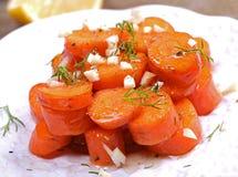Glasig-glänzender Karottengemüsezutritt stockfoto