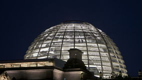Glaskoepel Berlin Reichstag stock video