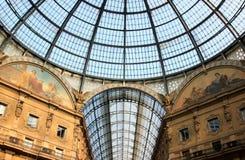 Glaskoepel van Galleria Vittorio Emanuele II, Milaan stock foto