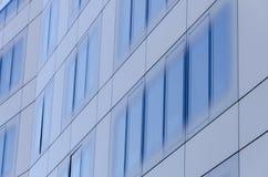 Glasoberfläche eines Gebäudes Stockfotografie