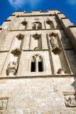 Glasonburypiek met de ruïnes van St Michael ` s Kerk stock foto's