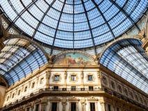Glasplafond van Galleria Vittorio Emanuele II stock foto's