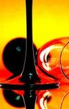 Glasreflexion im Spiegel Lizenzfreie Stockbilder