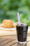 Glass of cola with ice Royalty Free Stock Photography